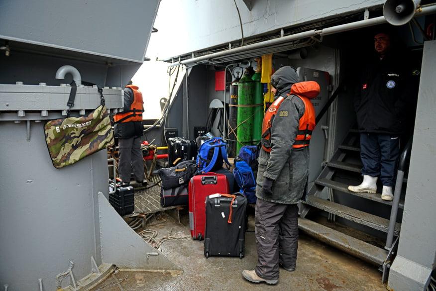 Nossa bagagem esta tarde no desembarque.