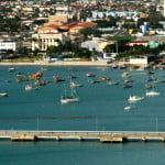Mar Sem Fim fundeado no porto de Maceió.