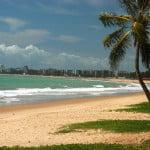 Pajuçara é uma das praias mais procuradas por moradores de Maceió.