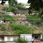 Favela nas margens da lagoa de Mundaú.
