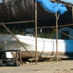 A canoa de tolda Luzitania sendo restaurada. Mais alguns meses e ela voltará a navegar pelo Velho Chico, um sonho de Carlos Eduardo Ribeiro.