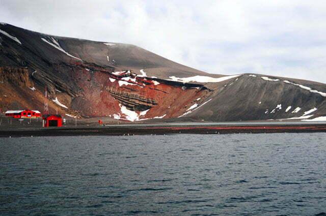 Imagem de base científica na ilha Deception
