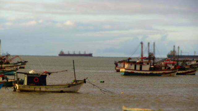 O Petróleo é nosso e a poluição também – 30/10/2013