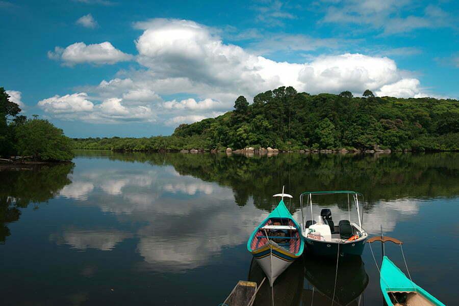 Litoral do Paraná em fotos;Imagem do canal do Lagamar.