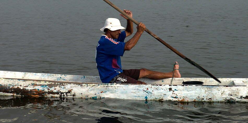 Litoral do Paraná em fotos,pescador e rede