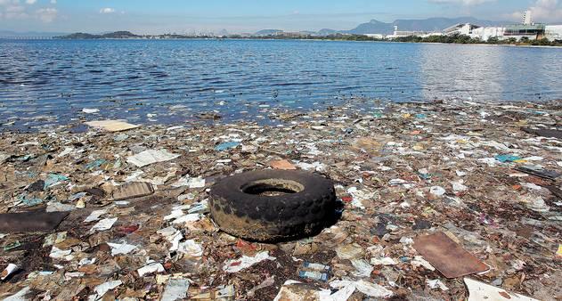 Situação da Baía de Guanabara preocupa antes de evento-teste para Olimpíada