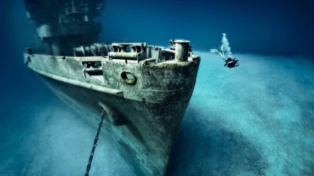 Naufrágios pelo mundo para explorar mergulhando