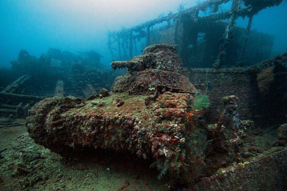 imagem tanque no naufrágio shinkoku-maru