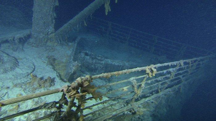 Fotos inéditas do Titanic, imagem do convés do Titanic naufragado