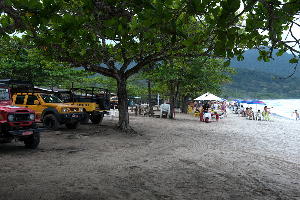 Parques Estaduais Ilhabela e ilha Anchieta, imagem de -turistas-em-castelhanos-
