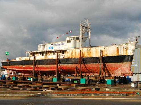 navio do cousteau, imagem do navio Calypso
