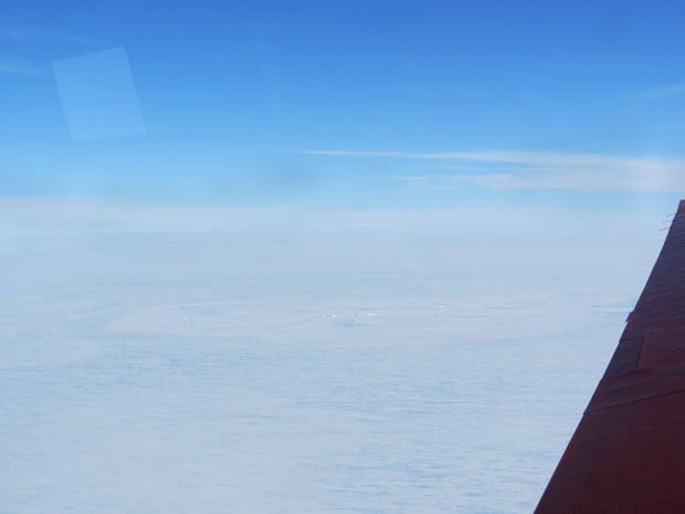 meteorito pode ter caído na Antártica e causado marca mostrada na imagem