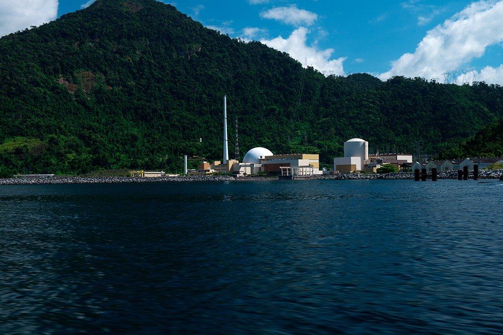 ESEC de Tamoios e seus muitos problemas, imagem das usinas nucleares na baía de angra dos reis