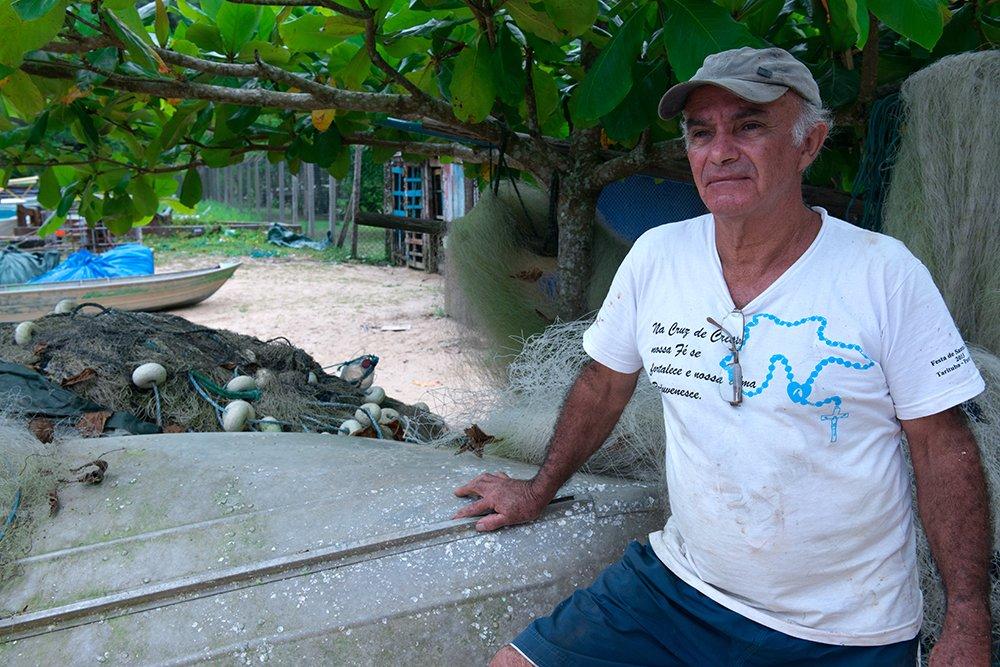 ESEC de Tamoios e seus muitos problemas, imagem do-pescadpr-seu-isamel na ESEC de Tamoios
