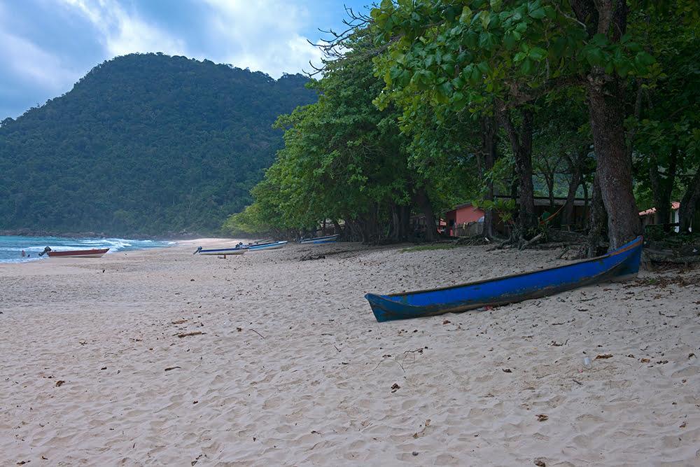 uma-canoa-p-do-sono,APA de Cairuçu