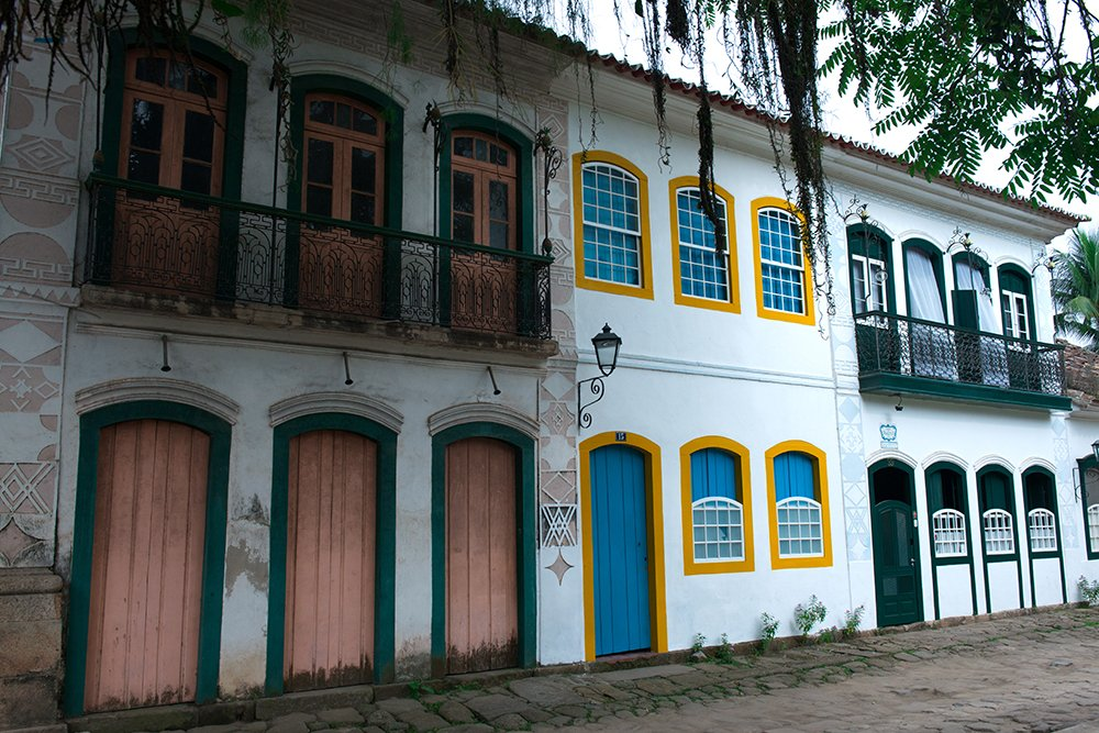 uma-rua-paraty-APA de Cairuçu
