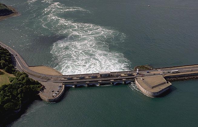 maior usina de marés do mundo, imagem de usina de marés na França