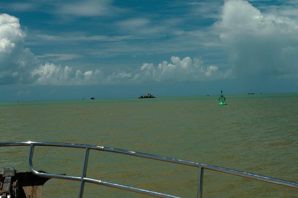 Resex Cassurubá, imagem do -canal-de-entrada do porto de Caravelas, bahia
