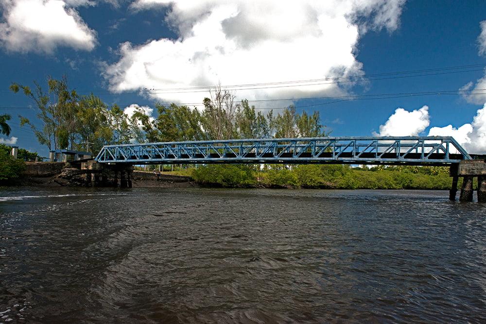 resex acaú goiana, imagem de ponte sobre rio