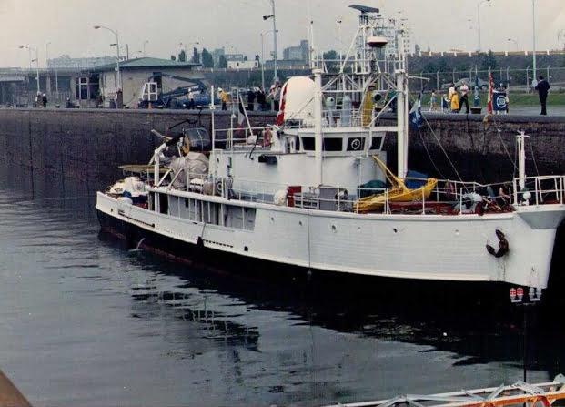 Conheça a história do navio Calypso, calypso atracado-e-em-ordem