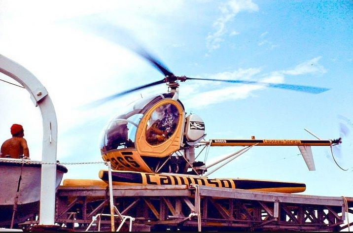 Conheça a história do navio Calypso, helicoptero