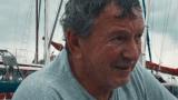 Navegador usa a mão como sextante
