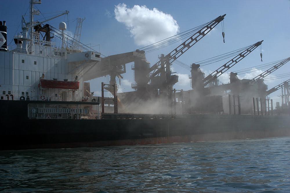 imagem do porto de paranaguá-