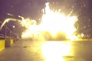 explosion_c05dc57276fbf296abdbd534b2b59a9c.nbcnews-fp-1200-800