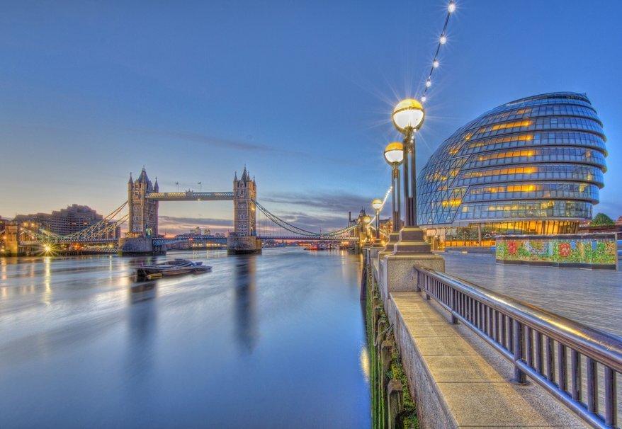 Lugares que podem ser tragados pelo mar, imagem Rio Tâmisa, Londres