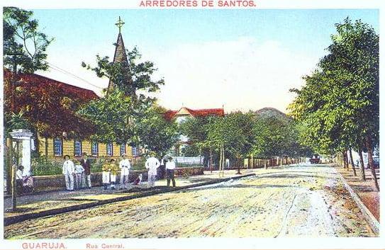 Como destruimos o Guarujá, imagem de um cartão postal com Guarujá antigo
