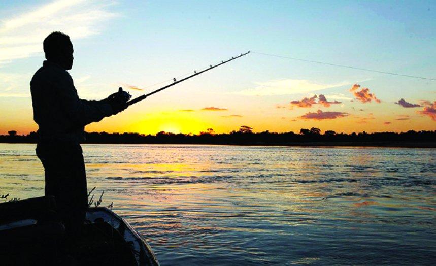 Pesca esportiva, imagem de um pescador esportivo