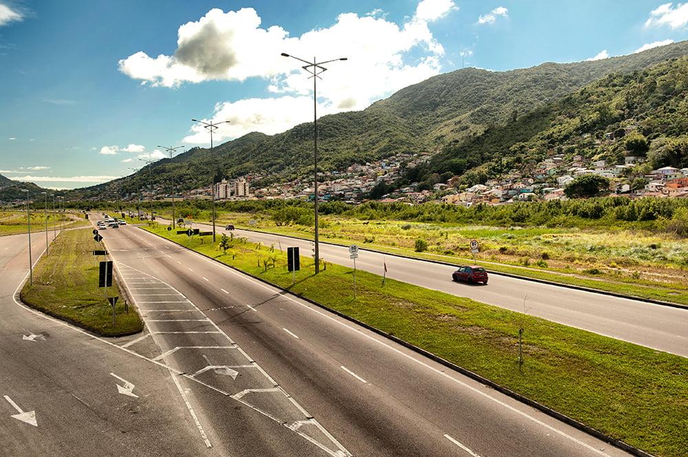 Berbigão de Santa Catarina, imagem da avenida Expresso Sul, Florianópolis