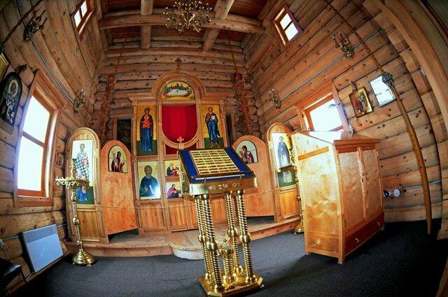 imagem do O interior da igreja ortodoxa da antártica