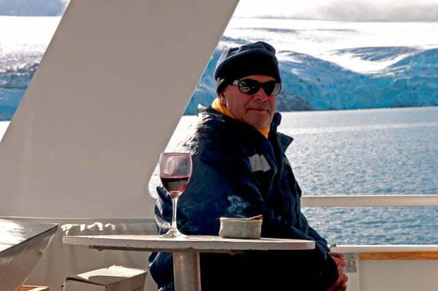 imagem de Plinio Romeiro Jr.na viagem do naufrágio