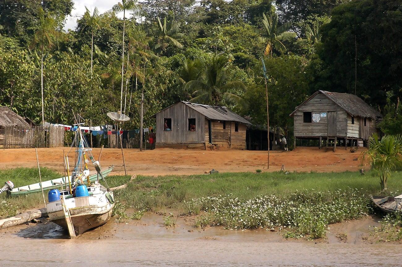 imagem da vila de Taparabu