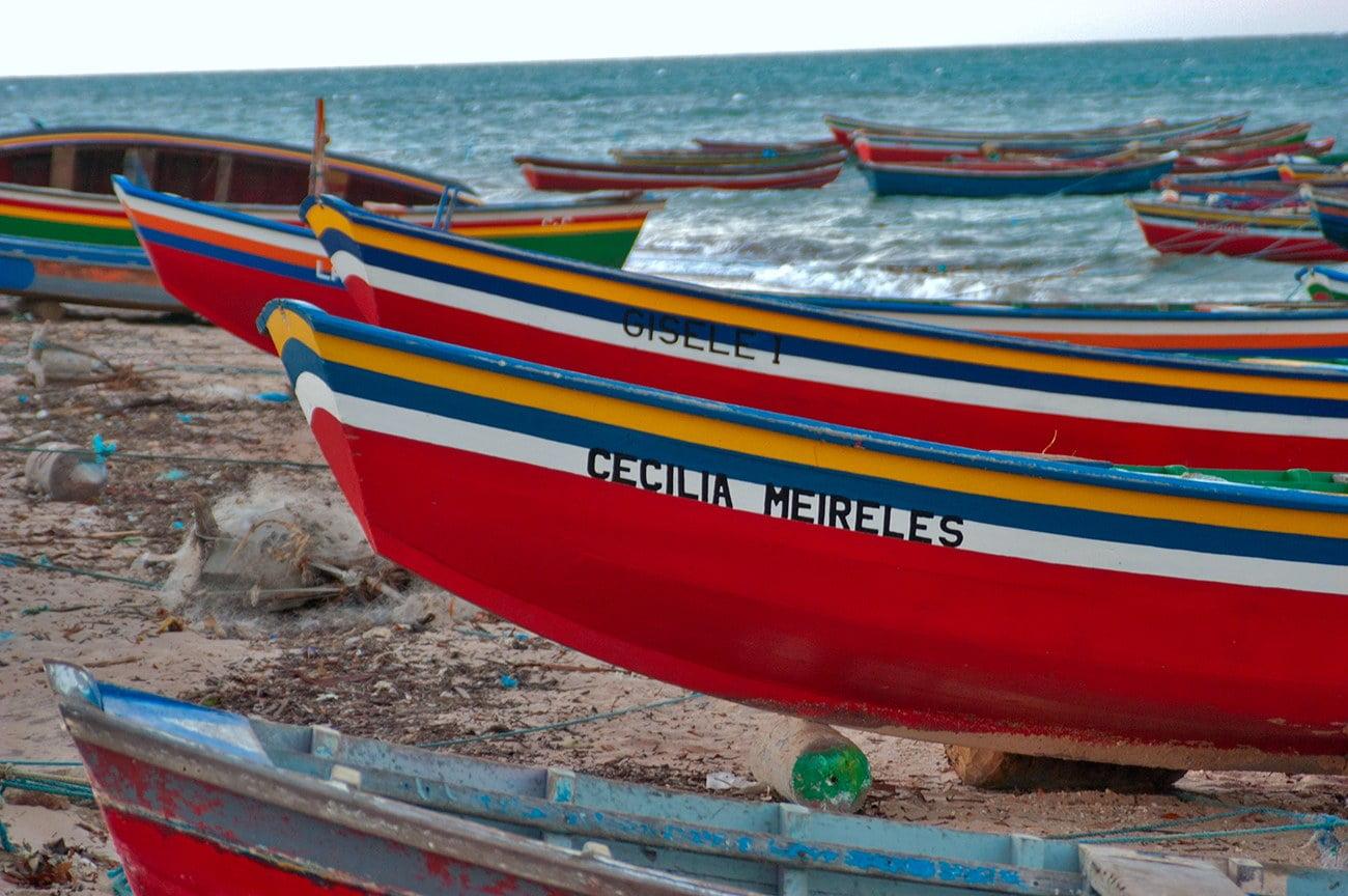 imagem da canoa cecilia meireles em Camocim