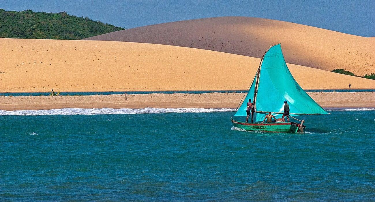 imagem de bote em Mundaú