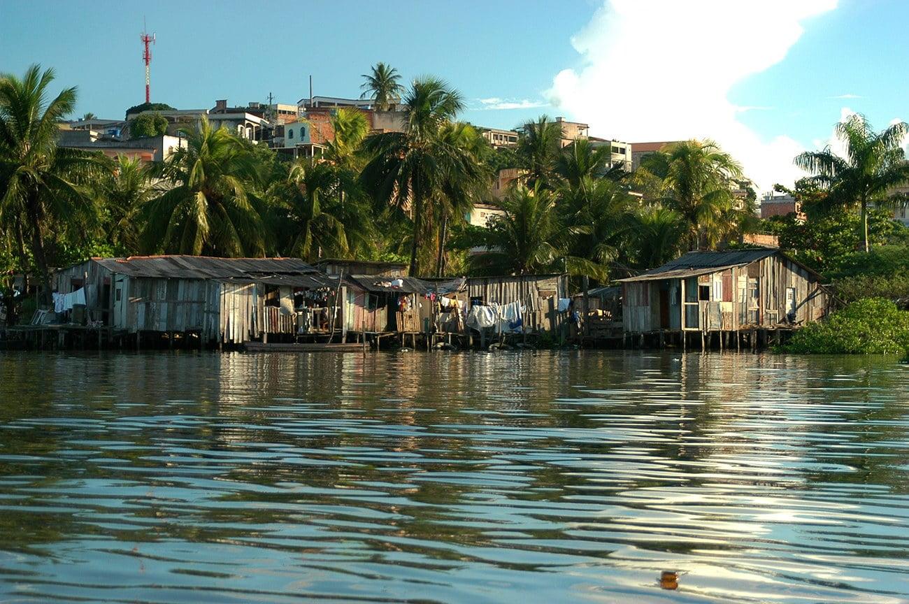 imagem de favelas em Vitória,m ES
