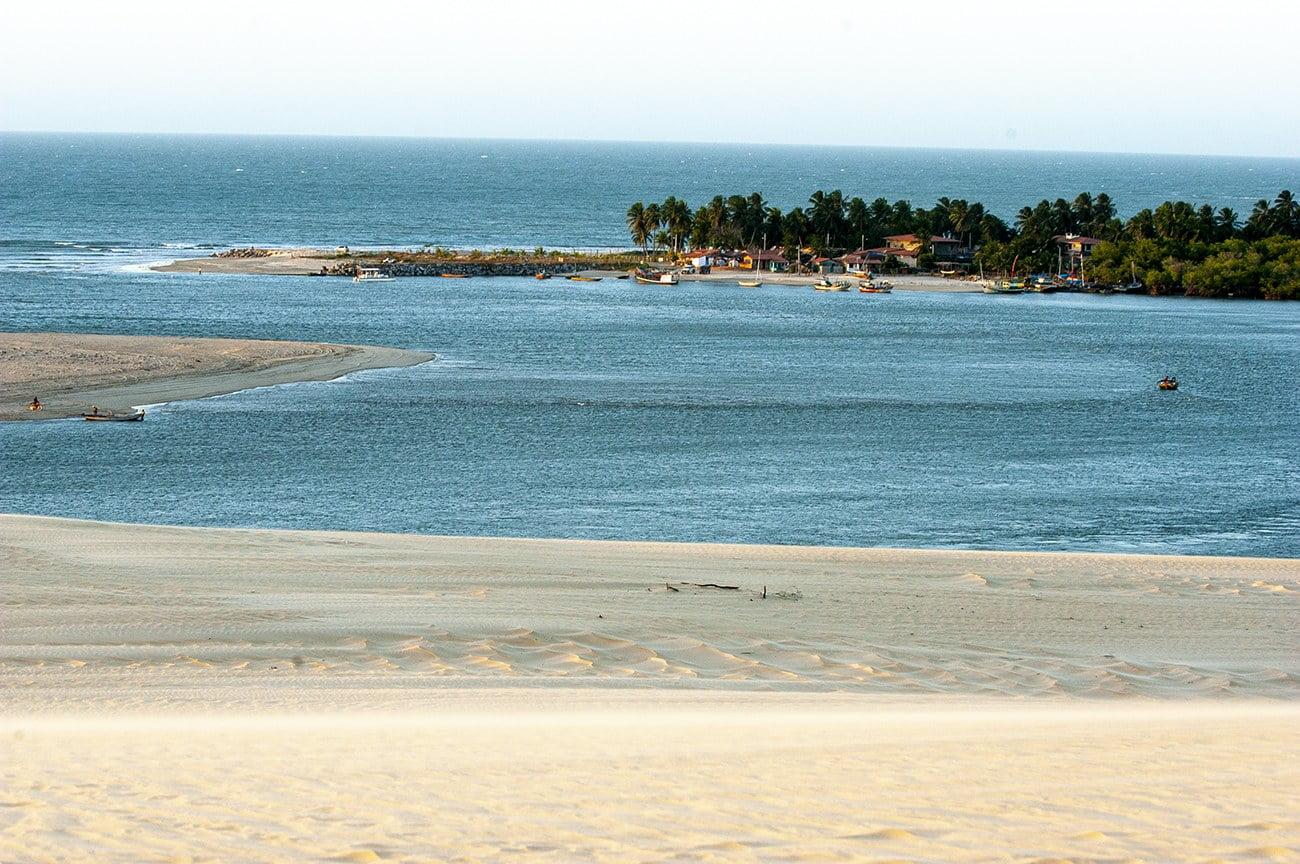 Imagem de Mundaú, litoral do ceará.