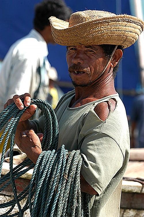imagem de pescador artesanal
