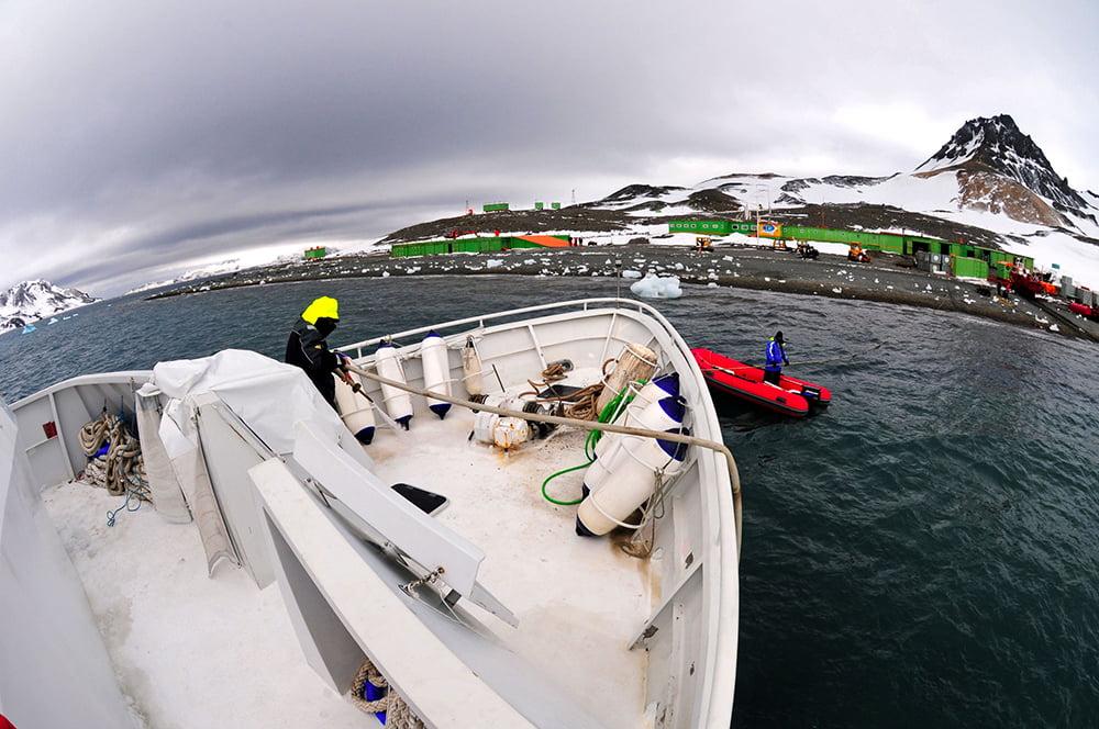 Viagem à Antártica, Trinity, Deception, Rei George, Cabo Horn, Ushuaia, imagem do mar sem fim na base comandante ferraz, antártica