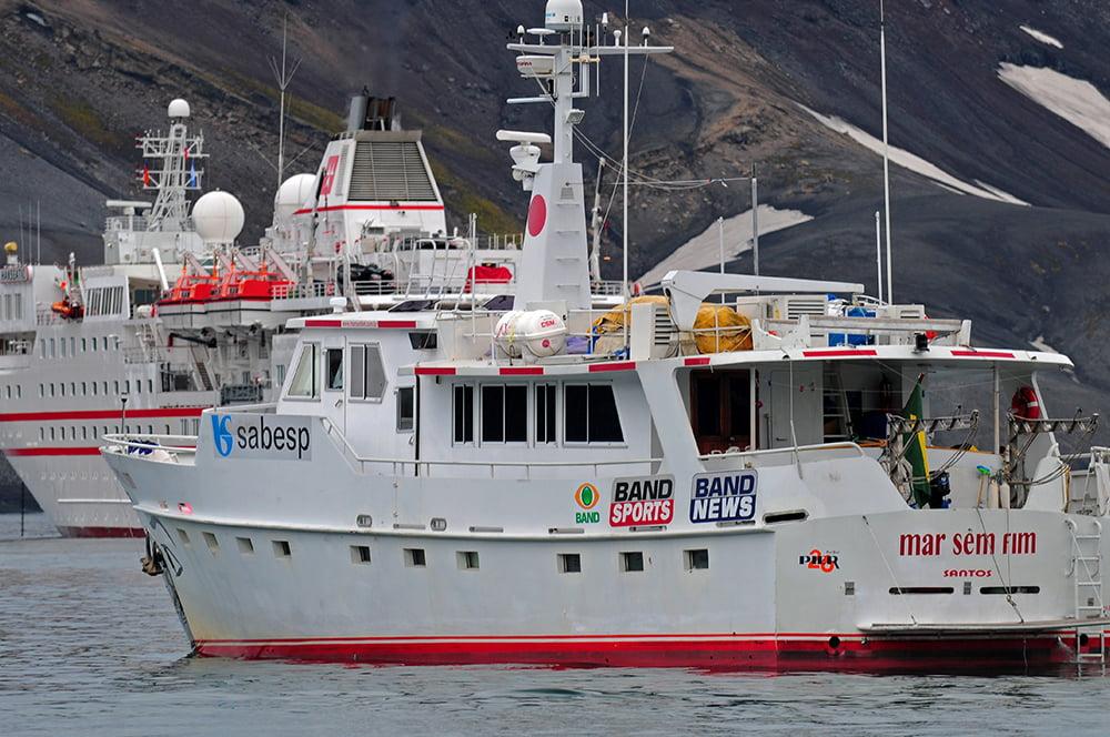 Viagem à Antártica, Trinity, Deception, Rei George, Cabo Horn, Ushuaia, imagem do Mar Sem Fim e navio de turistas em Deception