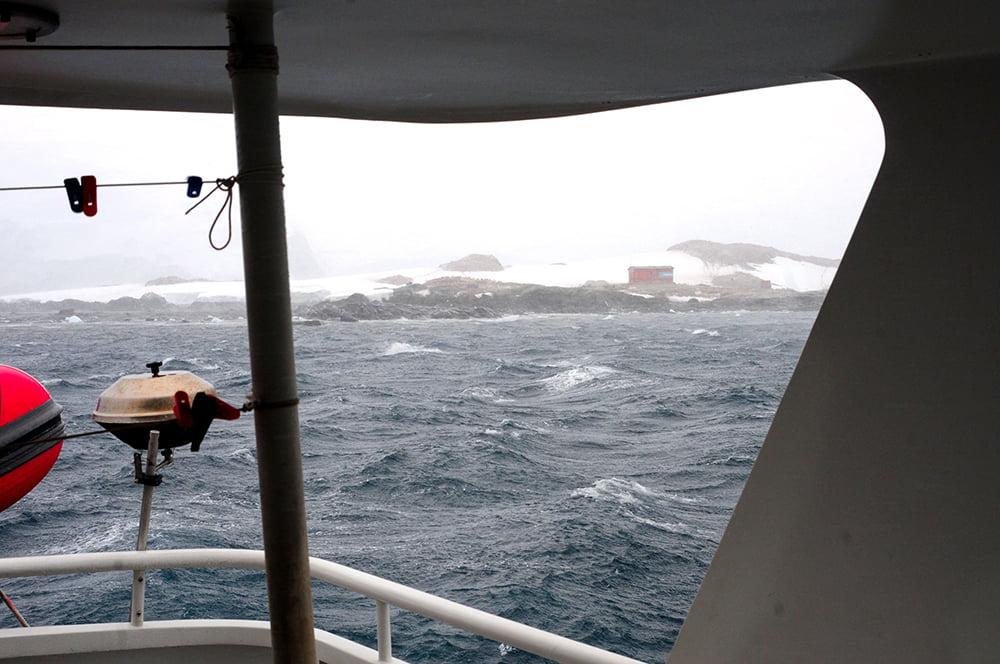 Viagem à Antártica, Trinity, Deception, Rei George, Cabo Horn, Ushuaia, imagem do mar sem fim na ilha Trinity, antártica