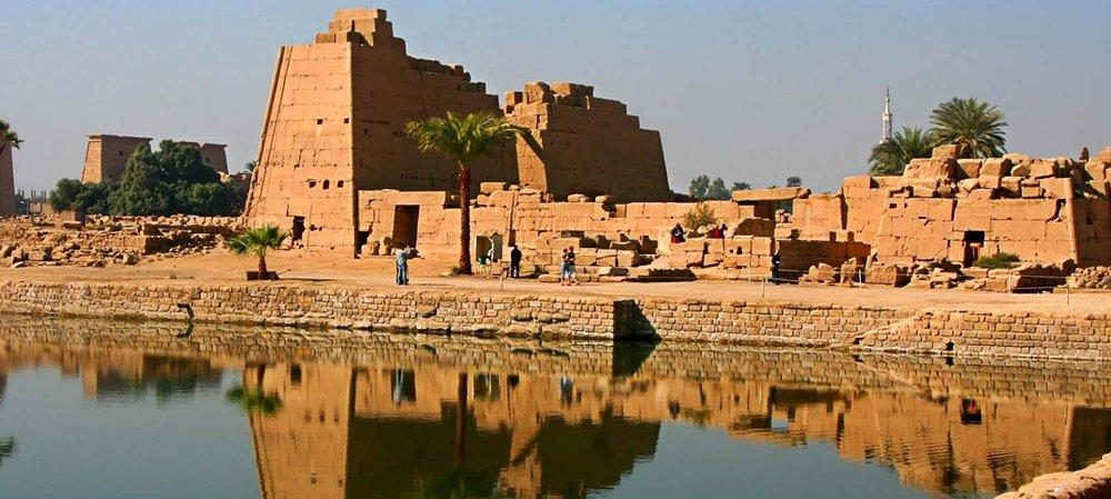 imagem de Karnack ao tempo dos Egípcios e a navegação,