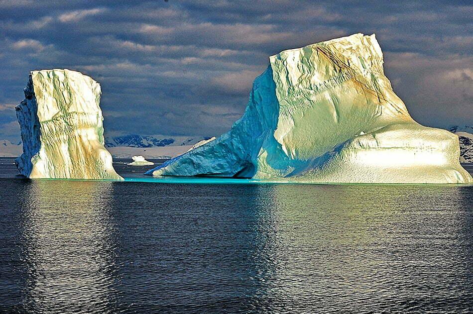 Viagens do Mar Sem Fim em fotos. Nº 2, imagem de Icebergs.
