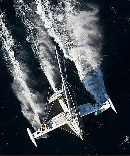 Recorde mundial, imagem do trimarã L'Hidroptère