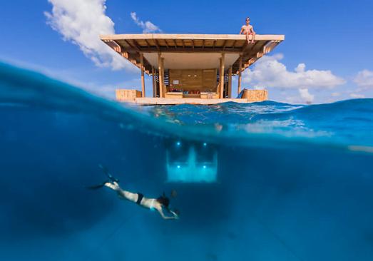 Um hotel debaixo da água, imagem de um hotel debaixo d'água,