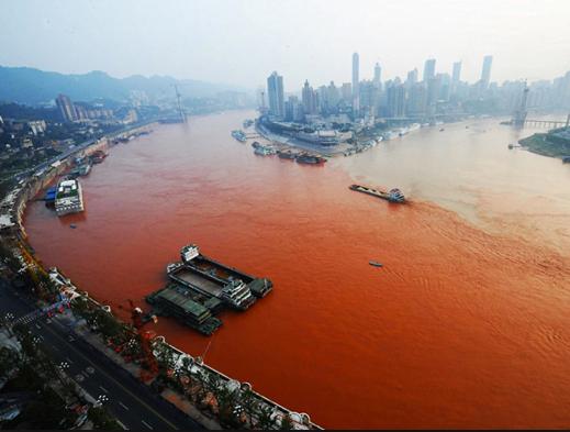Descubra o que são e quais são as Zonas Mortas no mar, imagem do rio Youg Tsé, China, uma das zonas mortas no mar