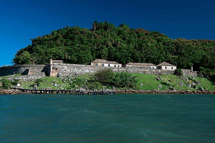Reserva Biológica Marinha do Arvoredo, Santa Catarina, imagem da fortaleza-ratones,-ilha-Ratones,-SC