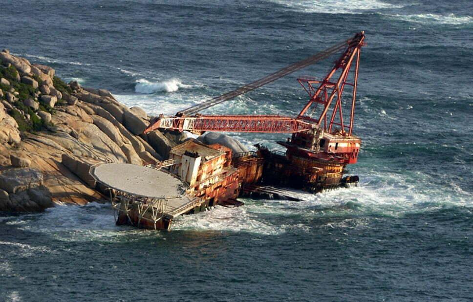 Doze navios naufragados, imagem do navio naufragado bos400